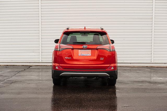 2016 Toyota RAV4 XLE / BACK UP CAM / SUN ROOF / HEATED SEATS