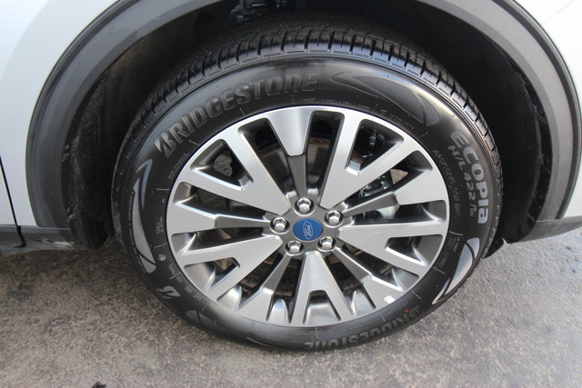 2020 Ford Escape Titanium Hybrid - Daily Rental - / LEATHER / HEATED SEATS / NAVI