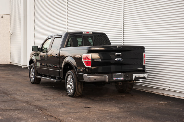 2011 Ford F-150 Lariat / ACCIDENT FREE / BACK UP CAM & SENSORS / MOON ROOF