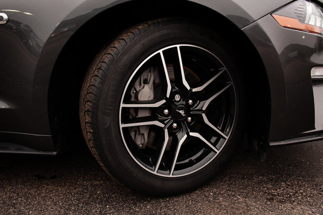 2018 Ford Mustang GT / BACK UP CAM / NAVIGATION / CLOTH