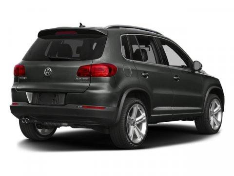 2016 Volkswagen Tiguan 4MOTION 4dr Auto R-Line Miles 30249Color Black Stock U3068 VIN WVGBV7