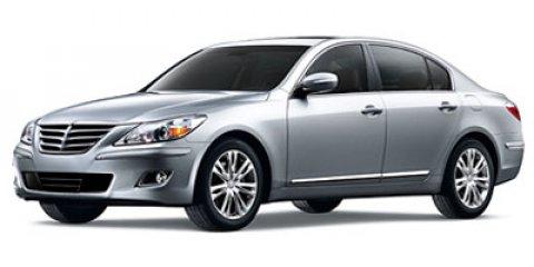2012 Hyundai Genesis [4]