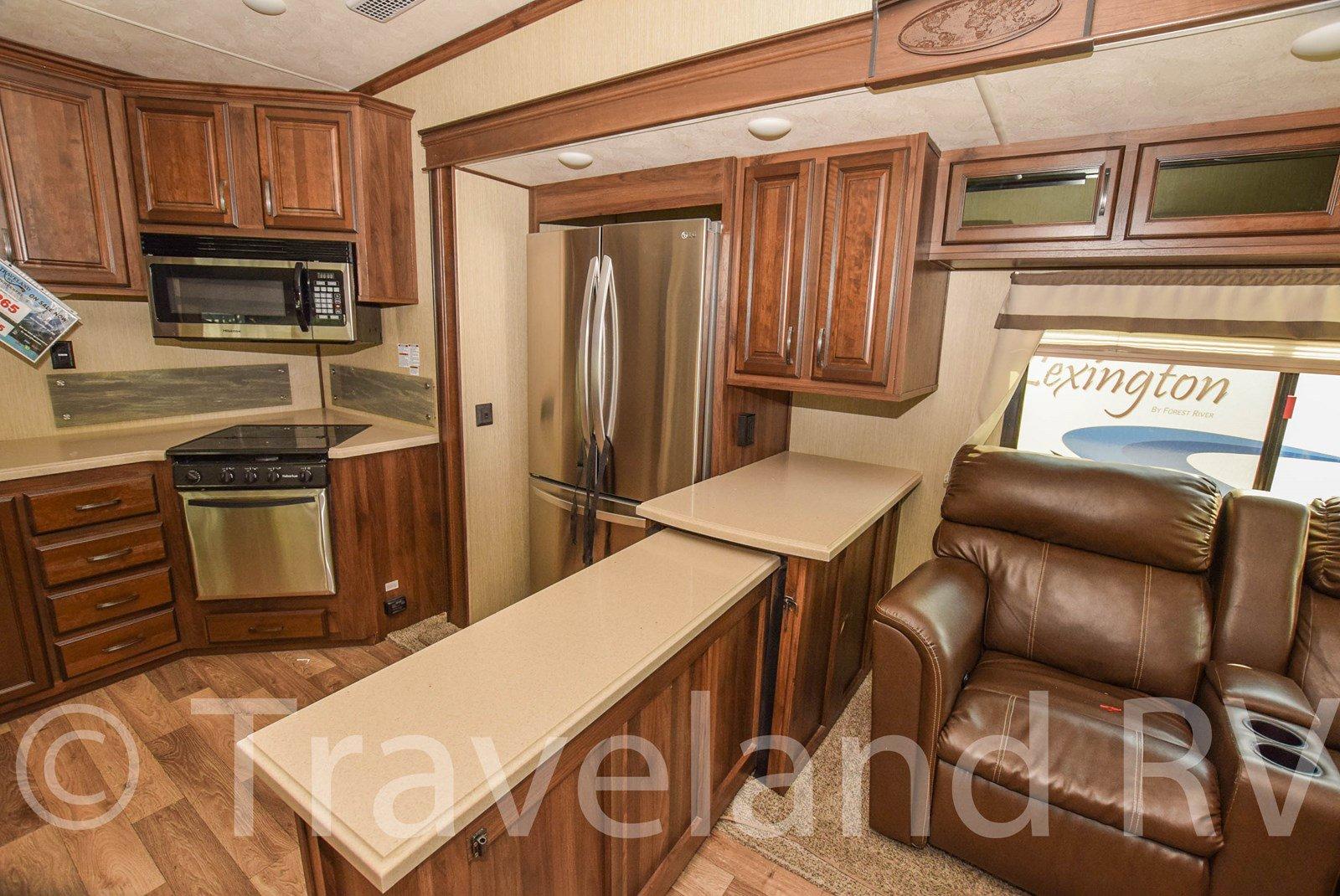 2017 Palomino Columbus Compass 340RK Thumbnail