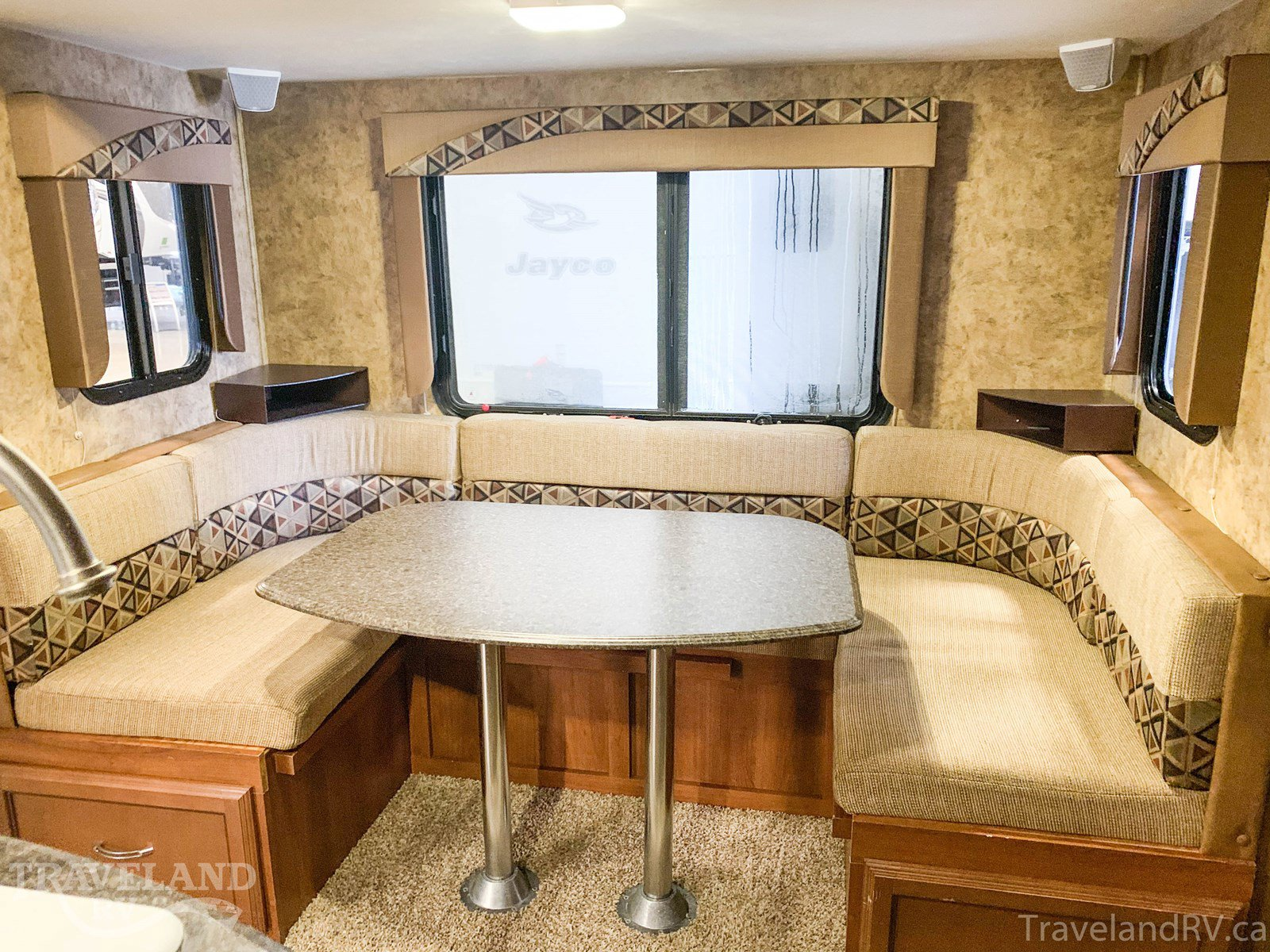2013 Coachman Freedom Express 233RBS Thumbnail