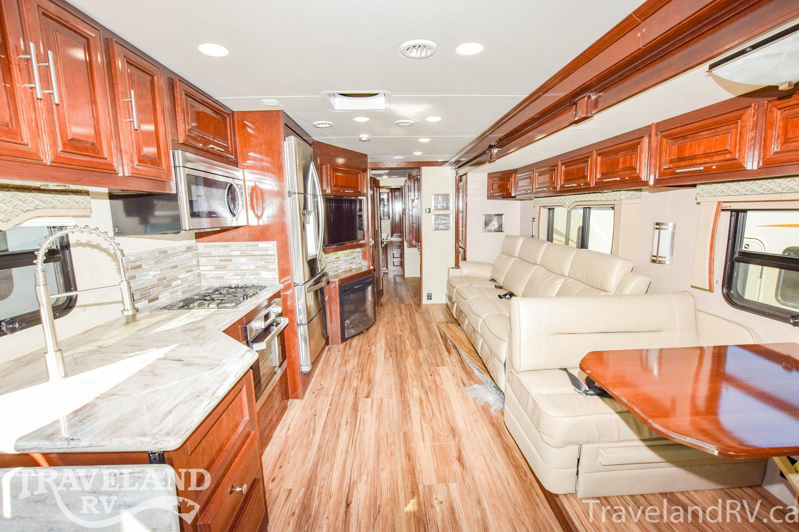 2019 Forest River Georgetown 369DS XL Thumbnail