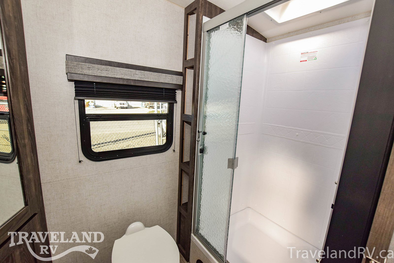 2020 Highland Ridge Ultra Lite 2102RB Thumbnail