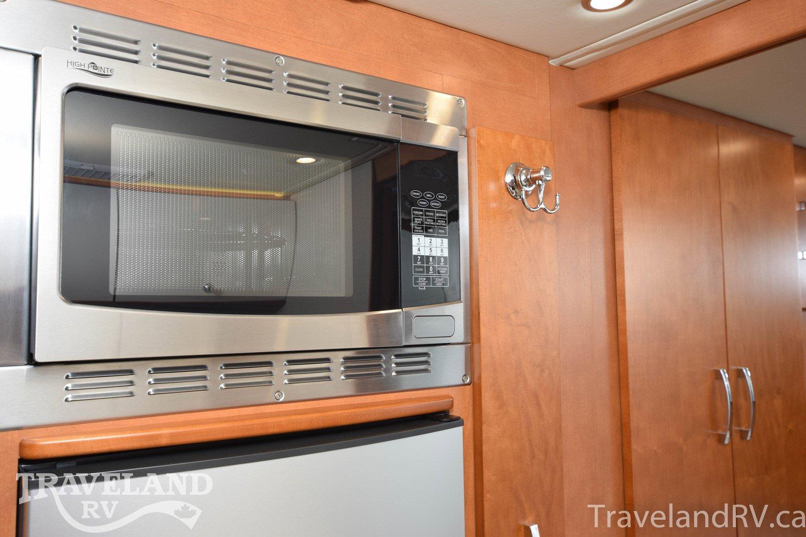 2015 Leisure Travel Vans Unity U24MB Thumbnail