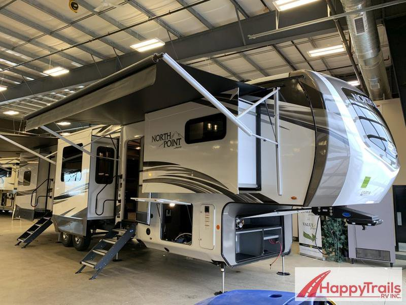 2020 Jayco North Point 383FKWS Thumbnail