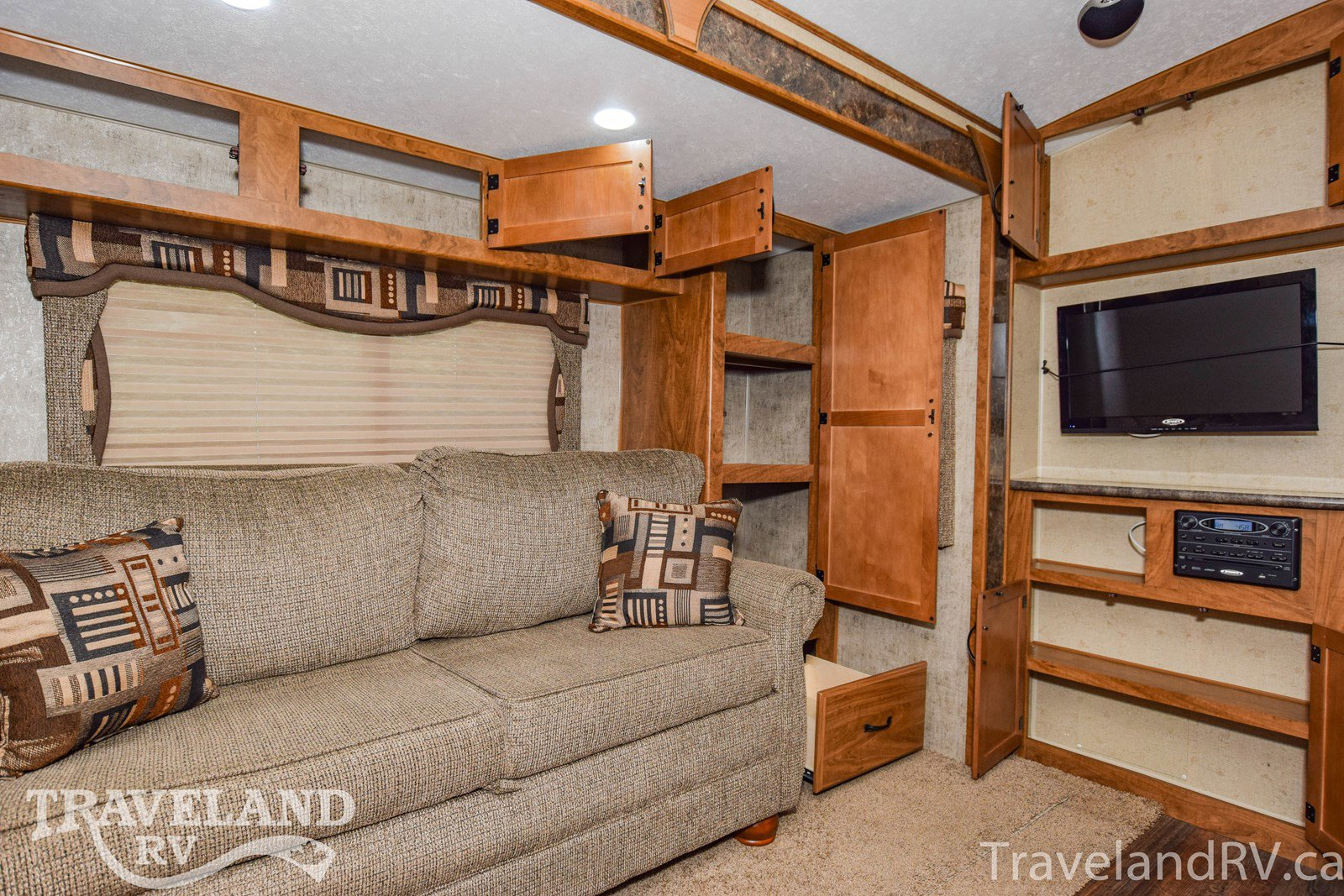 2014 Outdoors RV Timber Ridge 250RDS Thumbnail