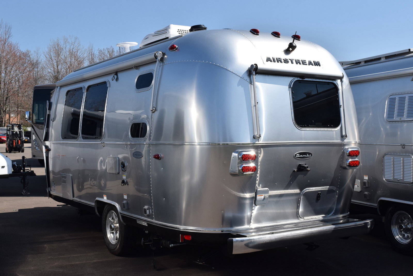 2019 Airstream Flying Cloud 20FB - Orchard Park - SWT3072