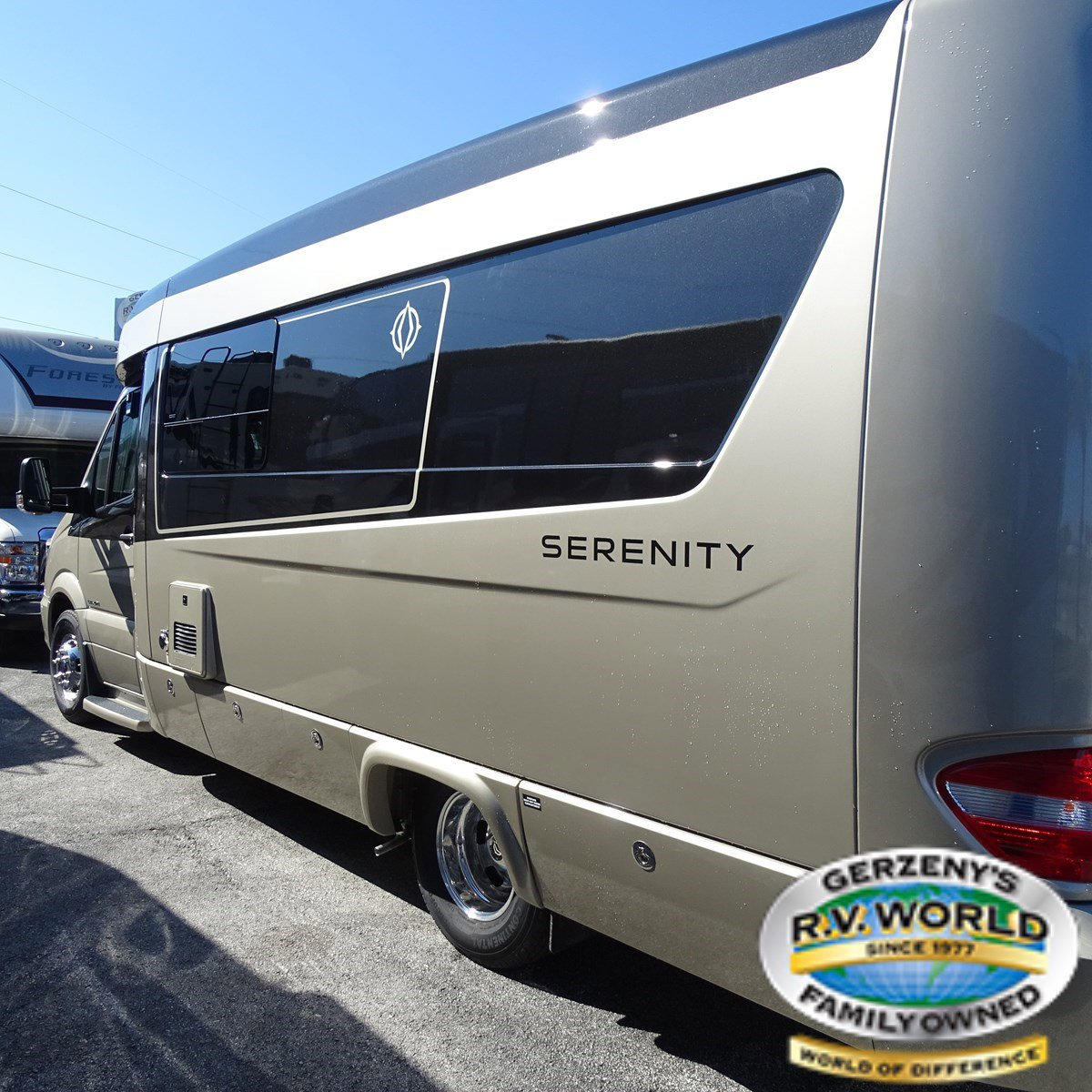 2019 Leisure Travel Vans Serenity S24CB Thumbnail