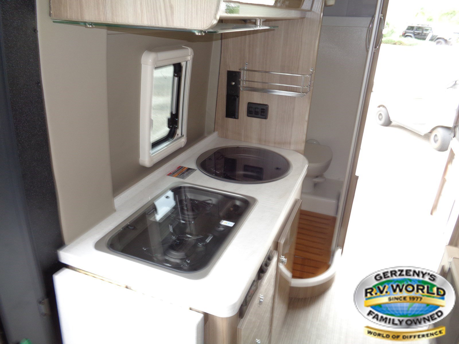 2019 Winnebago Travato 59GL Thumbnail