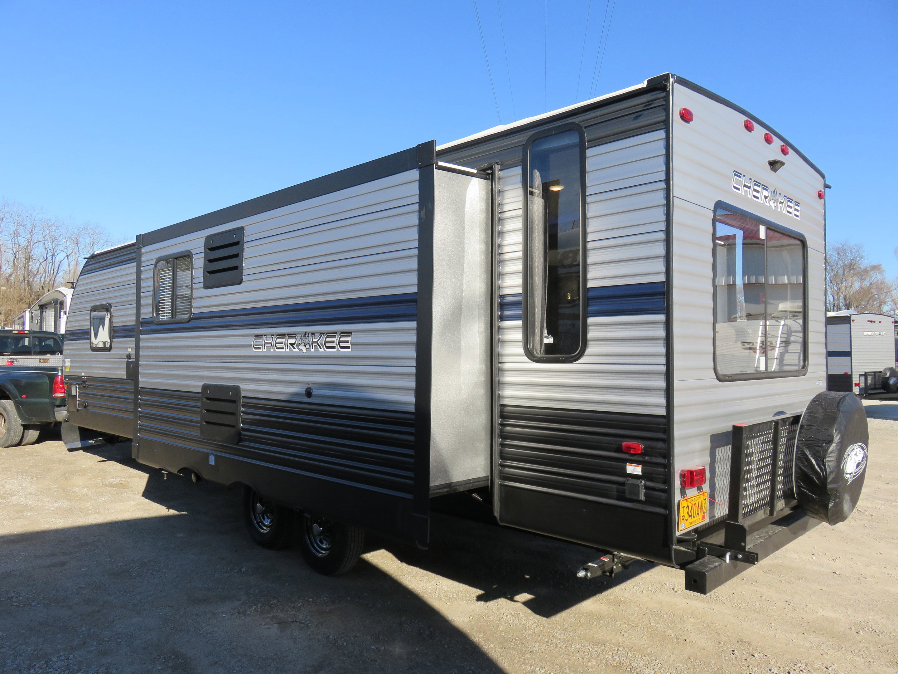 2019 Forest River Cherokee 274WK Thumbnail