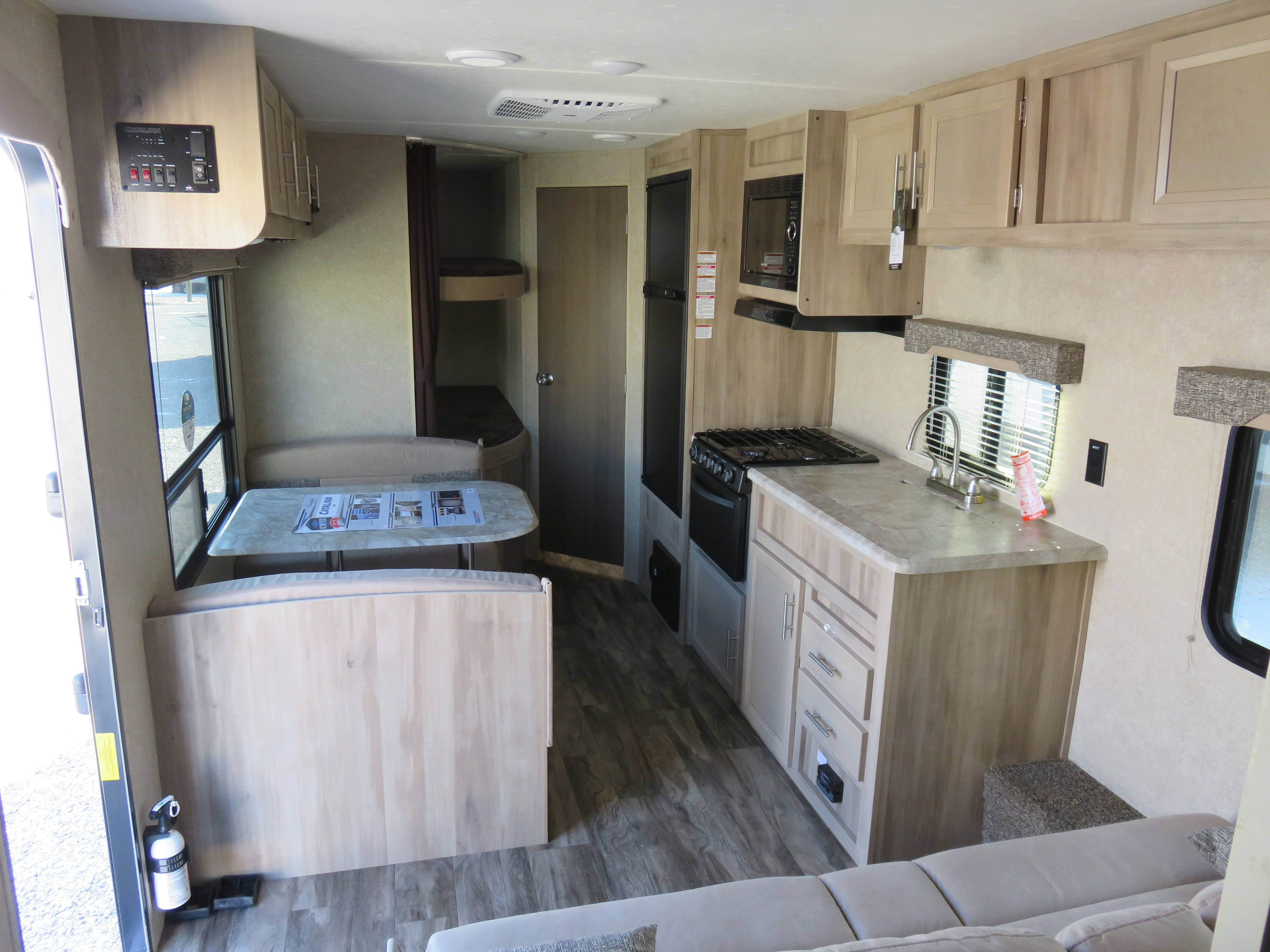 2019 Forest River Catalina 261BH Thumbnail