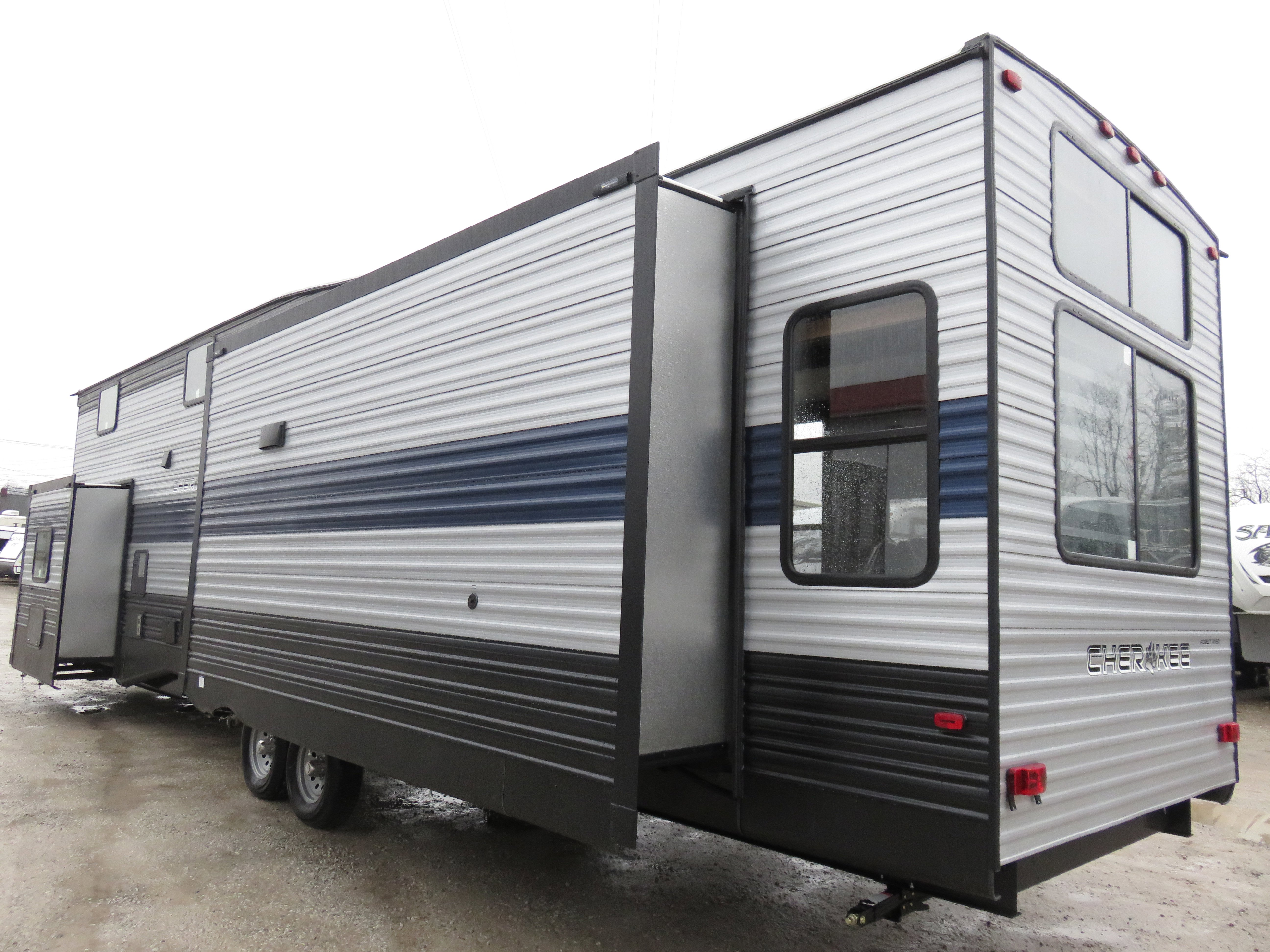 2020 Forest River Cherokee Destination Trailers 39DL Thumbnail