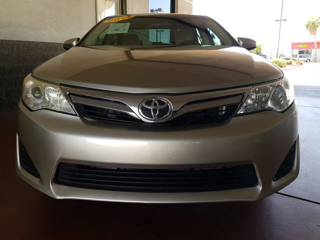2014 Toyota Camry 4 DOOR SEDAN - Image 2