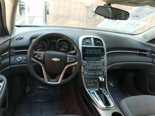 2013 Chevrolet Malibu 4dr Sdn LS w/1LS - Image 8