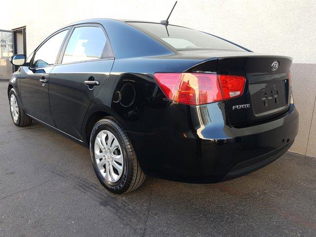 2010 Kia Forte 4dr Sdn Auto EX - Image 7