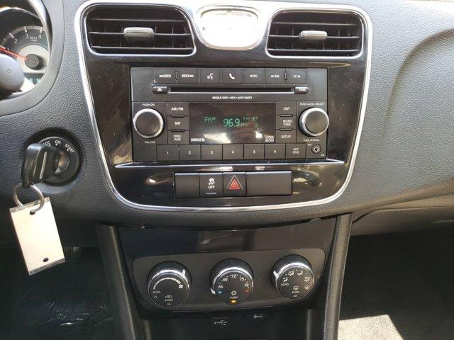 2012 Chrysler 200 4dr Sdn Touring - Image 13