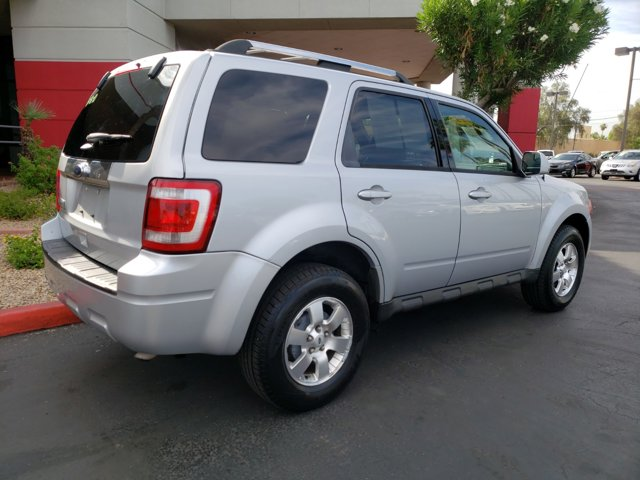 2011 Ford Escape FWD 4dr Limited - Image 13