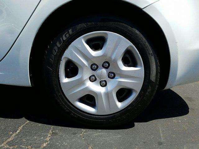 2014 Dodge Dart 4dr Sdn SE - Image 3