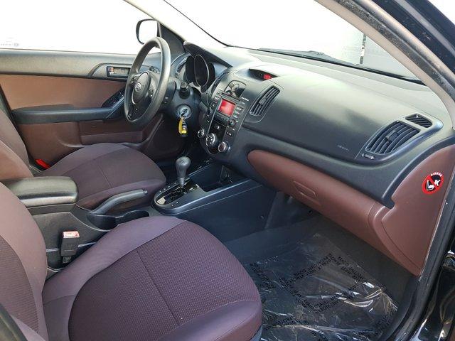 2010 Kia Forte 4dr Sdn Auto EX - Image 13