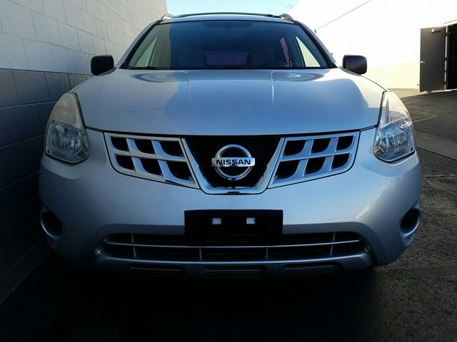 2013 Nissan Rogue FWD 4dr S - Image 2