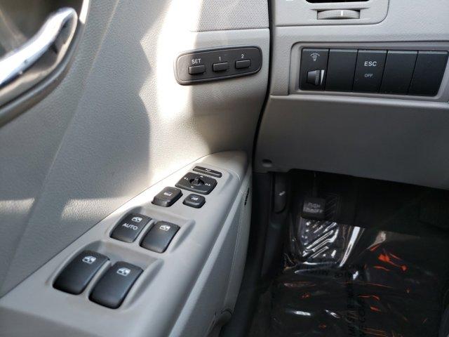 2011 Hyundai Azera 4dr Sdn Limited - Image 16