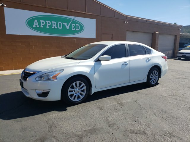 2014 Nissan Altima 4dr Sdn I4 2.5 S - Image 2