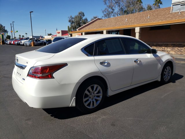 2014 Nissan Altima 4dr Sdn I4 2.5 S - Image 5