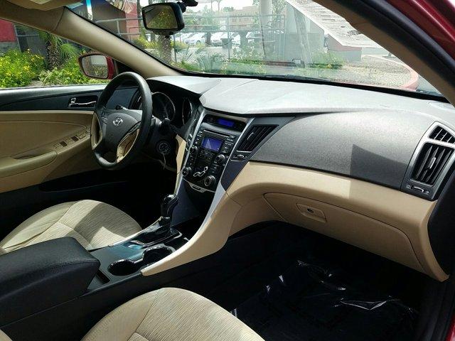 2012 Hyundai Sonata 4dr Sdn 2.4L Auto GLS PZEV - Image 12