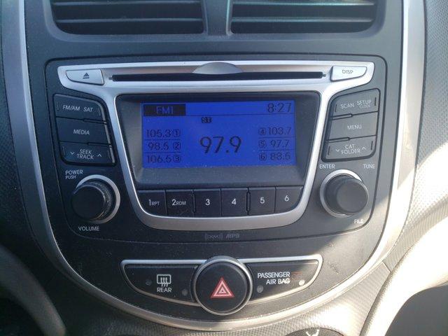 2014 Hyundai Accent 4dr Sdn Auto GLS - Image 17