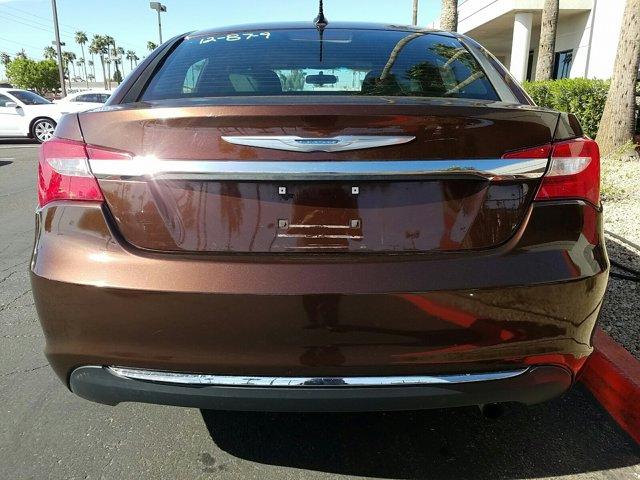 2012 Chrysler 200 4dr Sdn Touring - Image 8