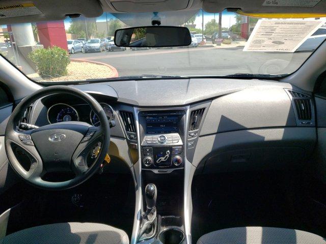 2011 Hyundai Sonata 4dr Sdn 2.4L Auto GLS - Image 10