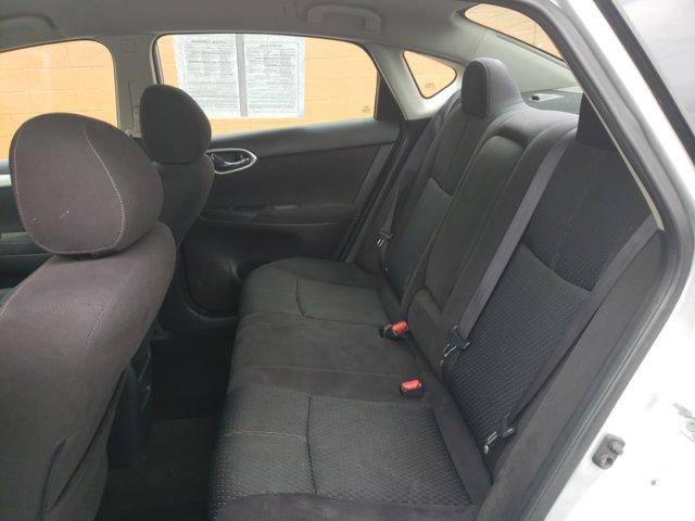 2013 Nissan Sentra 4dr Sdn I4 CVT SR - Image 9