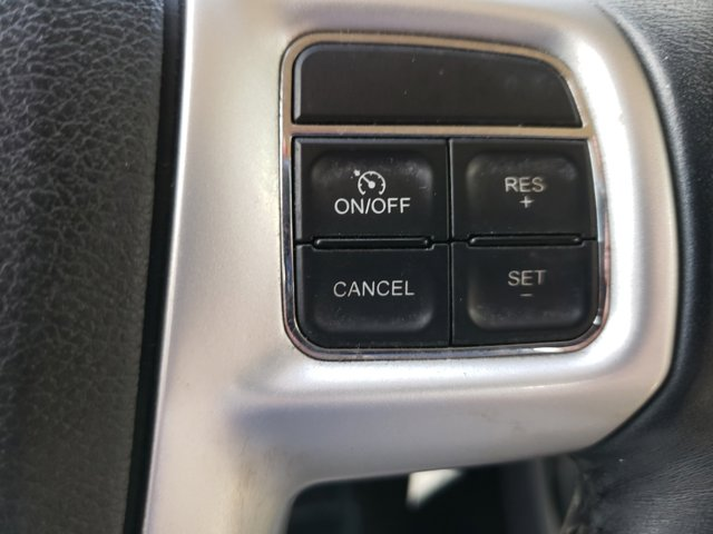 2012 Chrysler 200 4dr Sdn Touring - Image 17