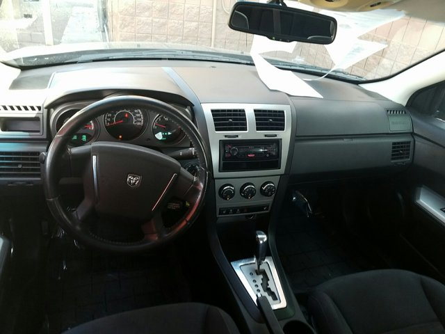 2010 Dodge Avenger 4dr Sdn R/T - Image 8