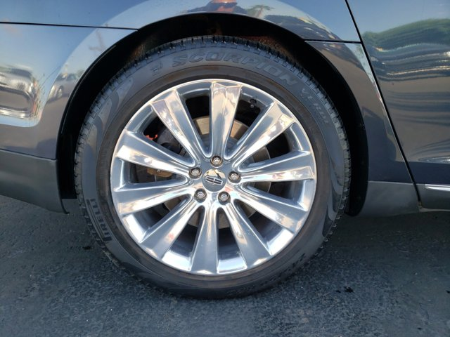 2013 Lincoln MKS 4dr Sdn 3.5L AWD EcoBoost - Image 9