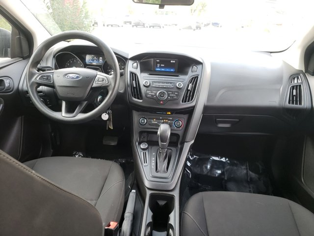 2016 Ford Focus 4dr Sdn S - Image 10