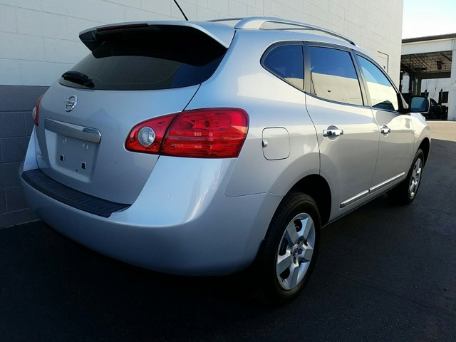 2013 Nissan Rogue FWD 4dr S - Image 13