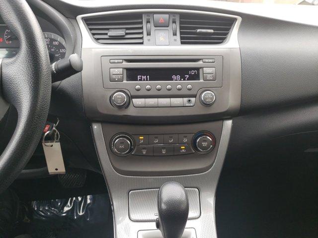 2013 Nissan Sentra 4dr Sdn I4 CVT SR - Image 12