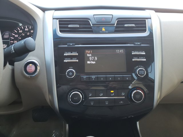 2014 Nissan Altima 4dr Sdn I4 2.5 S - Image 12