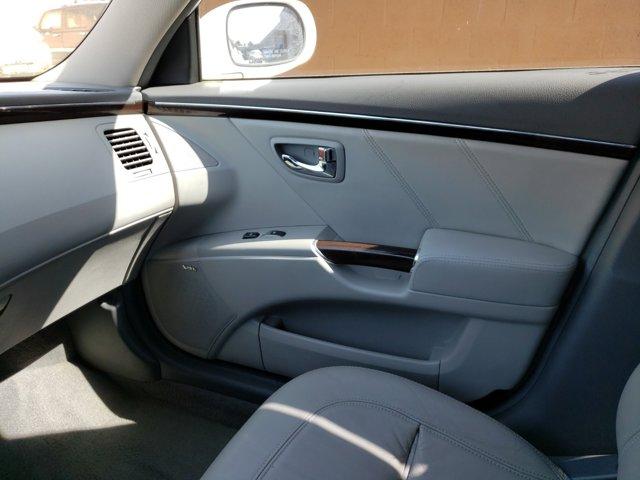 2011 Hyundai Azera 4dr Sdn Limited - Image 12