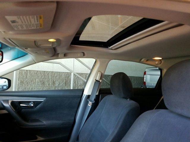 2013 Nissan Altima 4dr Sdn I4 2.5 SV - Image 5