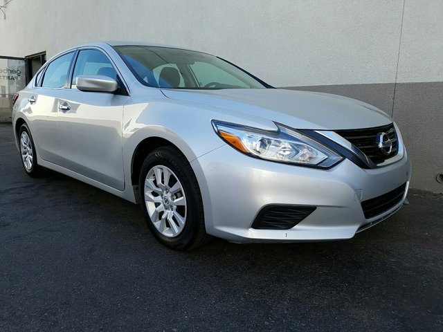 2018 Nissan Altima 2.5 S Sedan - Image 15