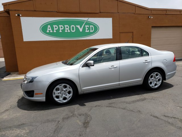 2011 Ford Fusion 4dr Sdn SE FWD - Image 2