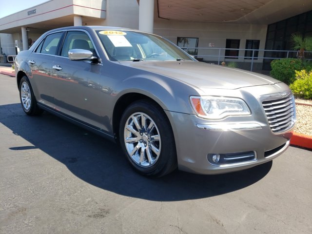 2011 Chrysler 300 4dr Sdn Limited RWD - Image 8