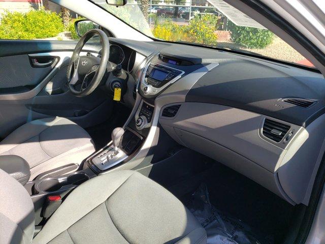 2012 Hyundai Elantra 4dr Sdn Auto GLS (Ulsan Plant) - Image 12