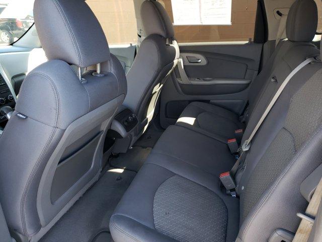 2011 Chevrolet Traverse FWD 4dr LS - Image 9