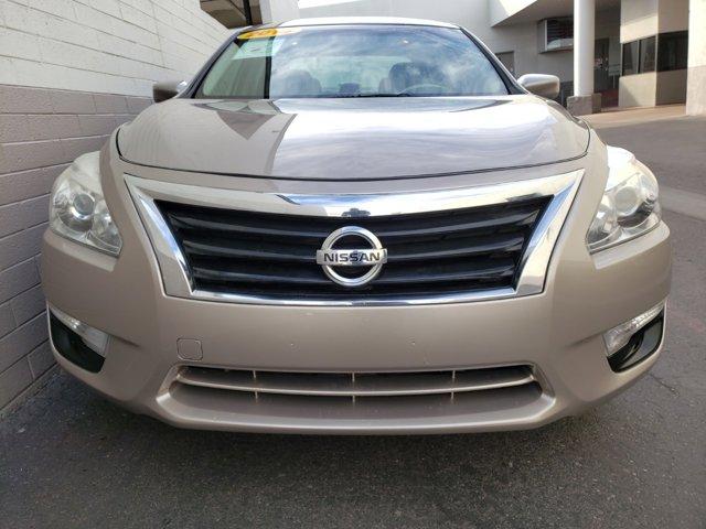 2014 Nissan Altima 4dr Sdn I4 2.5 S - Image 2